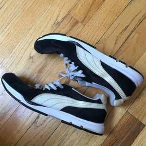 Puma Black/White Sneaker Ladies Size 10